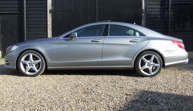 Mercedes CLS 350 CDI AMG Sport Blue Efficiency 7G Tronic Plus: cls4