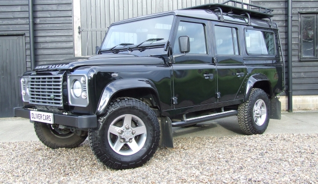 Land Rover 110 Defender XS 2.2 D Station Wagon With Roof Rack