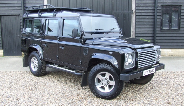 Land Rover 110 Defender XS 2.2 D Station Wagon With Roof Rack: df2