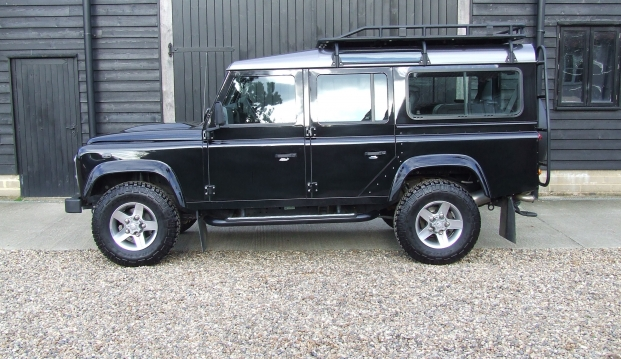 Land Rover 110 Defender XS 2.2 D Station Wagon With Roof Rack: df4