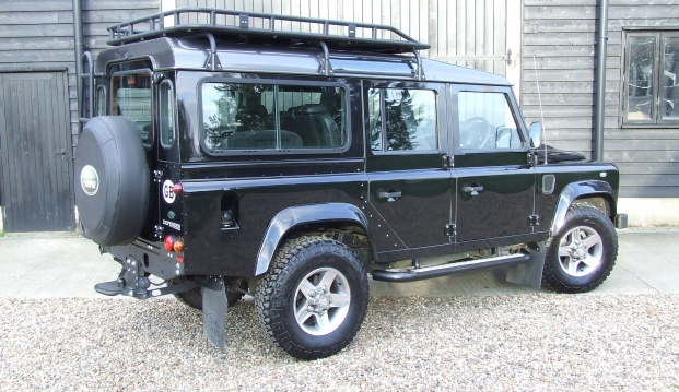 Land Rover 110 Defender XS 2.2 D Station Wagon With Roof Rack: df6