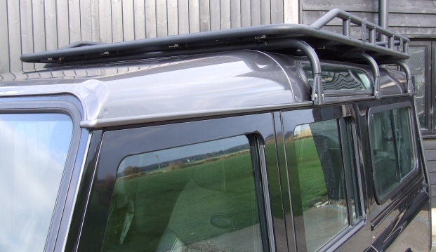 Land Rover 110 Defender XS 2.2 D Station Wagon With Roof Rack: df8