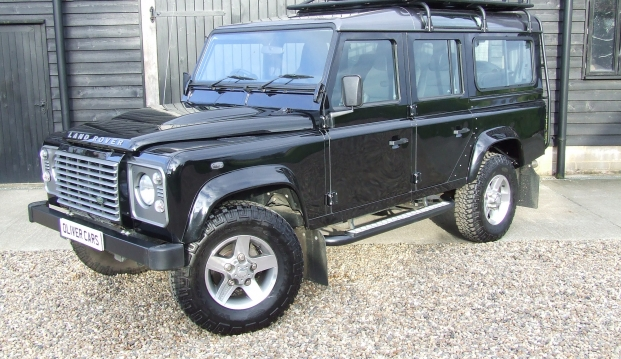 Land Rover 110 Defender XS 2.2 D Station Wagon With Roof Rack: df14