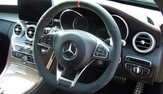 Mercedes C63 Edition One S: ed13