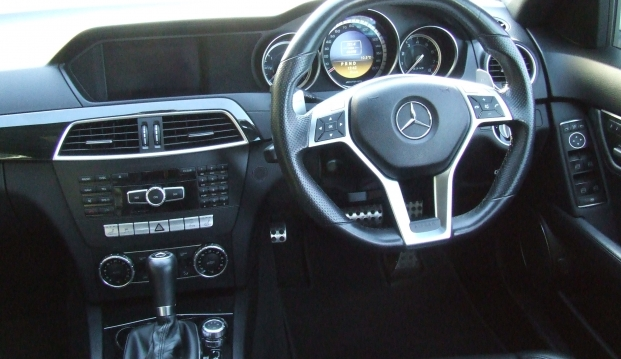 Mercedes C63 AMG Saloon 125 Edition : c6311