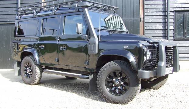 Land Rover Defender 110 XS County Station Wagon: sf2