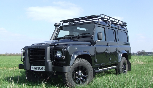 Land Rover Defender 110 XS County Station Wagon: sf3