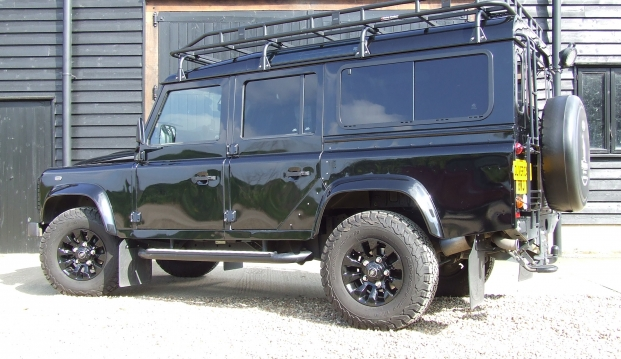 Land Rover Defender 110 XS County Station Wagon: sf7
