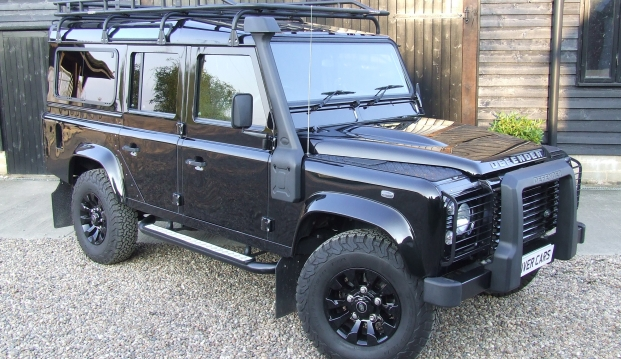 Land Rover Defender 110 XS County Station Wagon: sf111