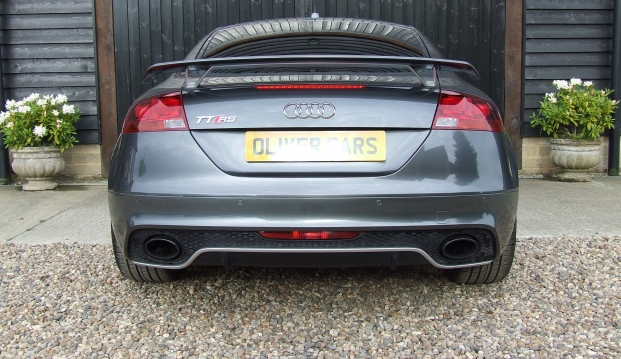 Audi TT RS Plus 2.5 TFSI Quattro 360 Ps : tt8