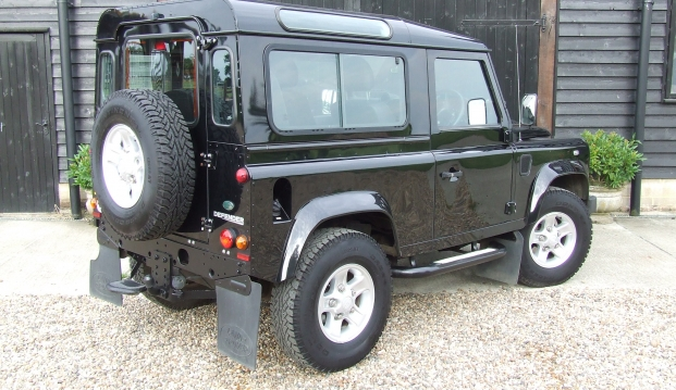 Land Rover Defender 90 XS County Station Wagon: l7