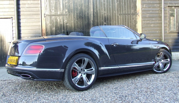 Bentley Continental GTC Speed 6.0 W12: 31