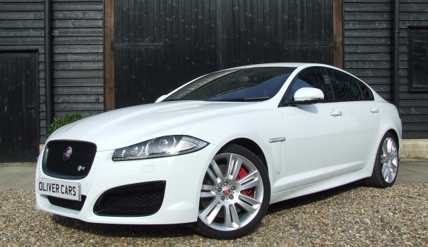 Jaguar XF-R 5.0 V8 Supercharged (510ps)