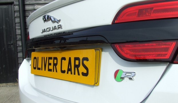 Jaguar XF-R 5.0 V8 Supercharged (510ps): j34
