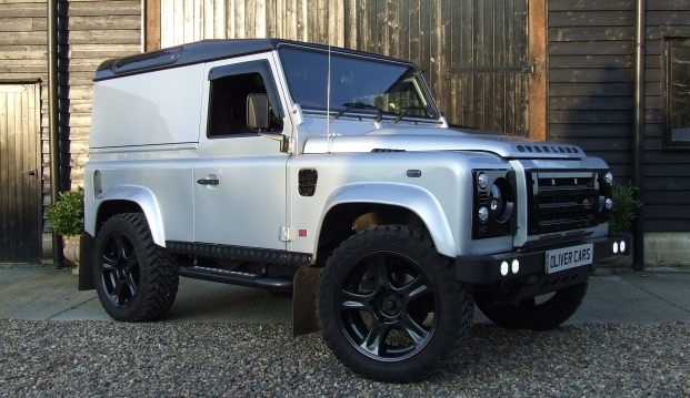 Land Rover 90 Defender 2.2 TDCI XS Hard Top Overland Black Edition