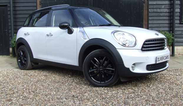 Mini Countryman Cooper (Pepper)
