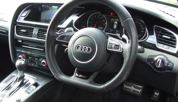 Audi RS4 Avant 4.2 FSI Quattro 450ps S-Tronic With Milltek Exhaust: 18