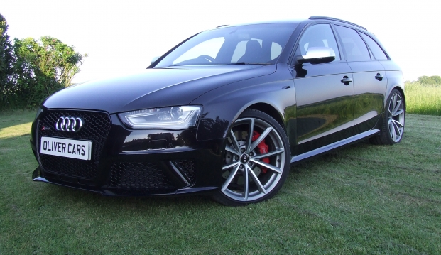 Audi RS4 Avant 4.2 FSI Quattro 450ps S-Tronic With Milltek Exhaust: 1