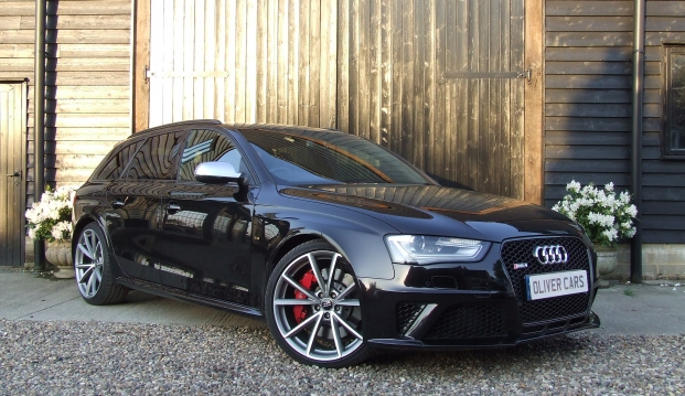 Audi RS4 Avant 4.2 FSI Quattro 450ps S-Tronic With Milltek Exhaust