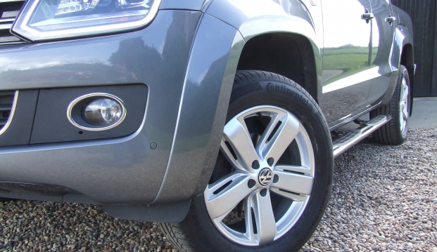 Volkswagen Amarok 2.0 BITDI Bluemotion Tech Highline 4Motion Pick Up: 8