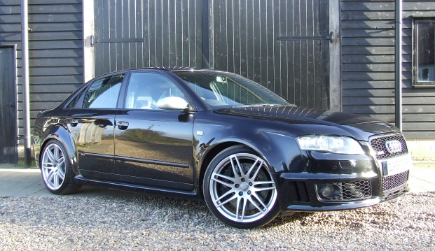 Audi RS4 B7 Saloon: rs410