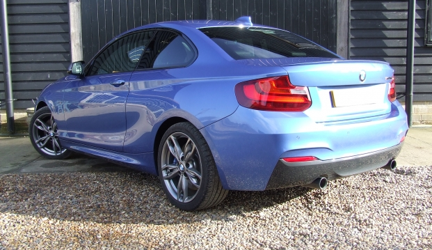 BMW M235i Coupe: 235 6