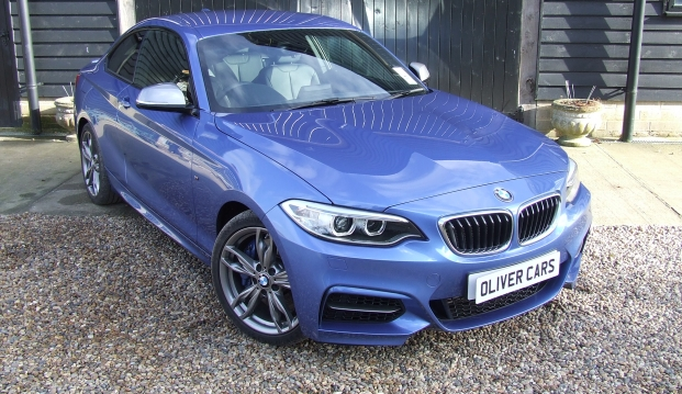 BMW M235i Coupe: 235 12