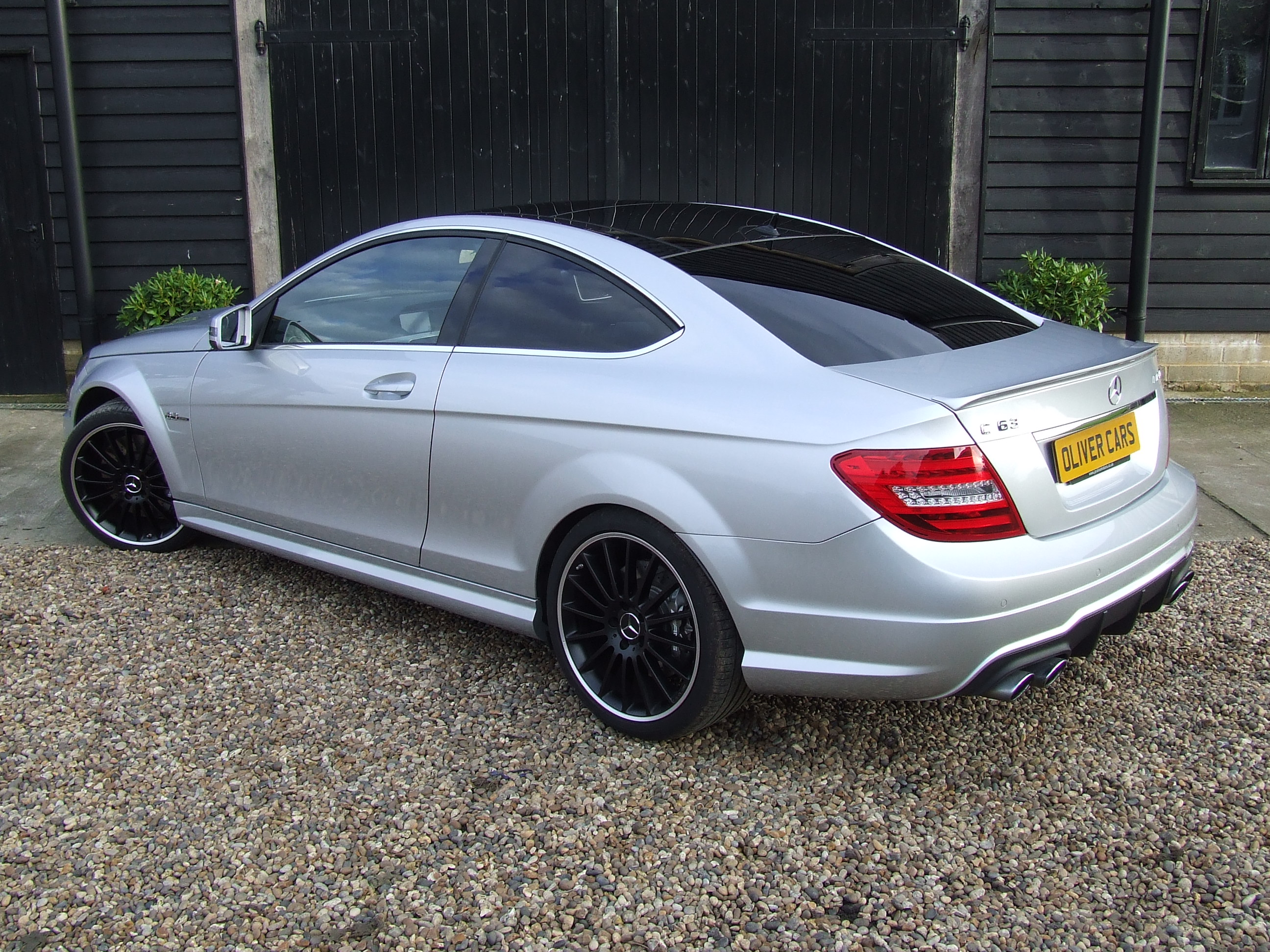 mercedes c63 amg coupe oliver cars ltd. Black Bedroom Furniture Sets. Home Design Ideas